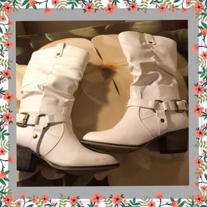 Shoes - WHITE COWGIRL BOOTS